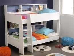 Poschodová-posteľ-3