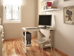 Jednoduché vybavenie v kancelárii