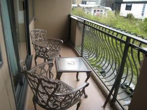 balkónový nábytok