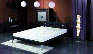 posteľ-b